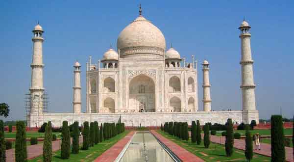 same day agra taj mahal tour by innova crysta car